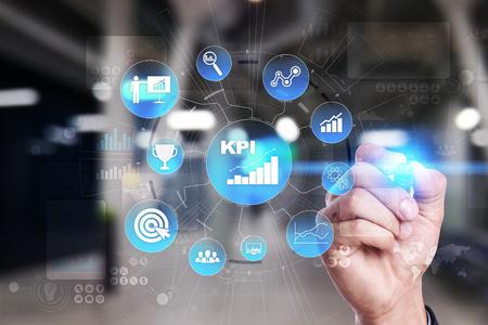 KPI. Leistungsindikator. Geschäfts- und Technologiekonzept.