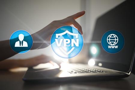 VPN Virtual Private-Netzwerkprotokoll. Verbindungstechnologie für Cybersicherheit und Datenschutz. Anonymes Internet. Standard-Bild