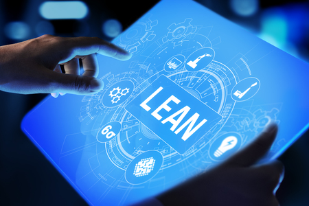 Lean, Six sigma, contrôle de la qualité et concept de gestion des processus de fabrication sur écran virtuel.