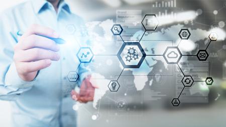 Automatización e industria inteligente 4.0, Internet de las cosas (IOT), Gears y estructura del sistema en pantalla virtual. Concepto de negocio y tecnología.