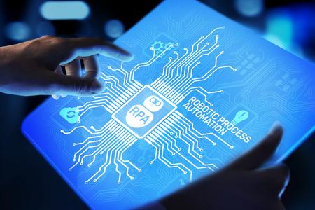 Concepto de tecnología de innovación de automatización de procesos robóticos RPA en pantalla virtual. Foto de archivo
