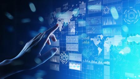 Tableau de bord d'intelligence d'affaires avec graphique et icônes. Big Data. Commerce et investissement. Concept de technologie moderne sur écran virtuel.