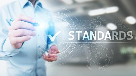 Standard. Contrôle de qualité. Certification ISO, assurance et garantie. Concept de technologie d'entreprise Internet.