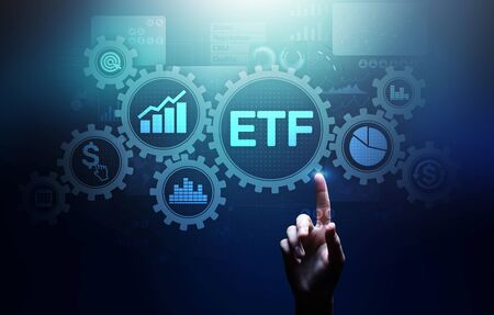 ETF Exchange traded fund Trading Investment Business finance concept on virtual screen. Imagens