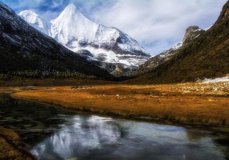 Mount Mai Yong, Daocheng, Sichuan, Sichuan