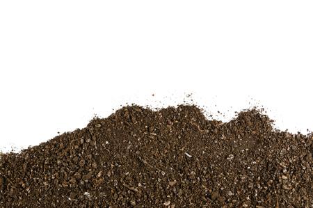 Fond de texture du sol fertile vu d'en haut, vue de dessus. Concept de jardinage ou de plantation. Cadre ou bordure isolé sur blanc