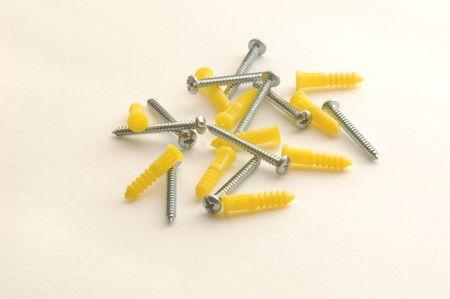 Anchor screws