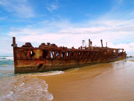 pacific islands: The Maheno wreck on Fraser Island, worlds largest sand Island (Australia)