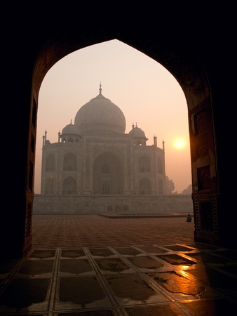 unesco: The beautiful Taj Mahal in the morning, Agra - India