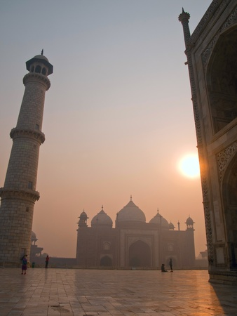 mundo contaminado: El hermoso Taj Mahal en la ma�ana, Agra - India