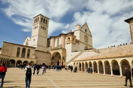 greater basilica, Assisi 2