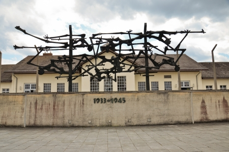 repression: Concentration camp at Dachau, the memorial to the fallen in the field