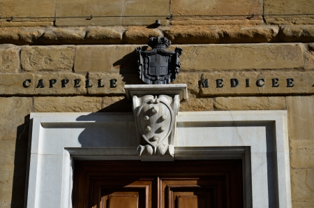 magnificent view of the Medici coat of arms at the entrance of the chapels Stock Photo - 18226990