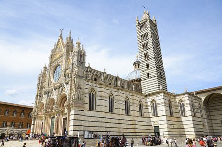stunning photography of the beautiful cathedral of Siena