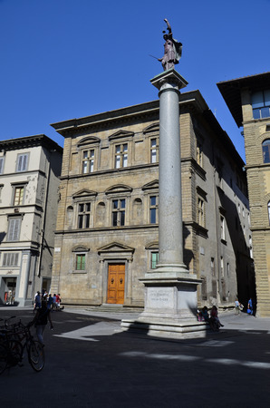 Lovely view of the Palace Bartolini Salimbeni and the Column of Justice