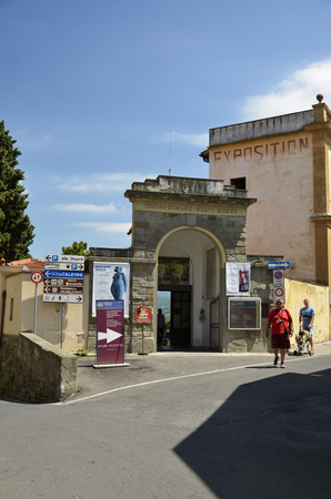 Entrance to the archaeological site and the museum of Etruscan Fiesole Editorial