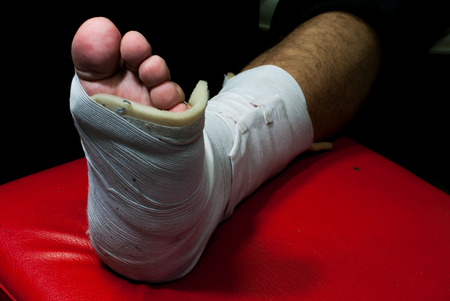 fractures: The soft splint for treating injuries from fractures and tendon inflammation.