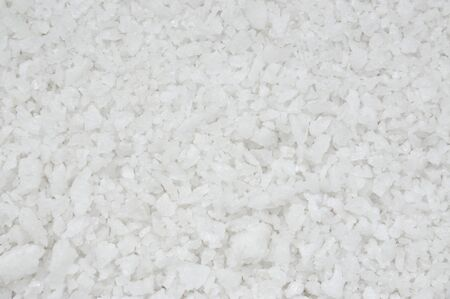 Texture de sel propre et blanc, fond de spa de sel de mer naturel.