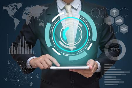 Homme affaires, tenant tablette, pc, et, technologie, concept technologie Banque d'images - 74114296