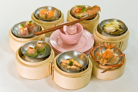 Chinese steamed dimsum in bamboo containers traditional cuisine Stock Photo - 8493910