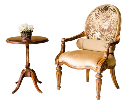 classic style vintage wooden chair and flower on the table Standard-Bild