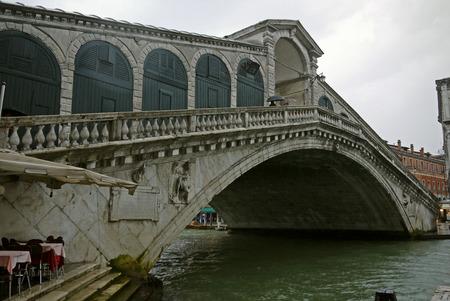 rialto: Rialto Bridge, Venice. ITALY.