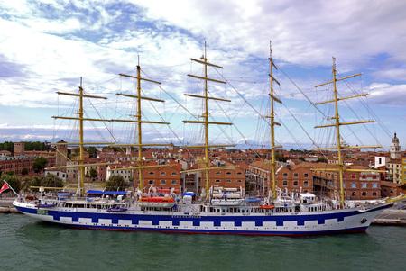 palinuro: Sailing ship in Venice, Italy. Editorial
