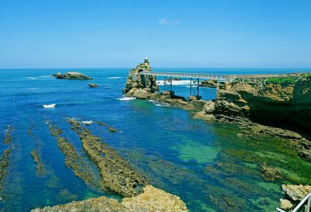 Rocher de la Vierge, Biarritz, France. Фото со стока