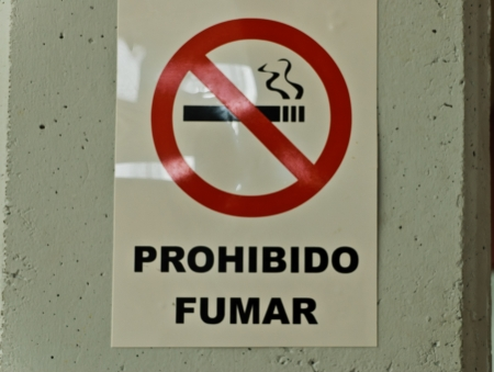 Sign of prohibited to smoke