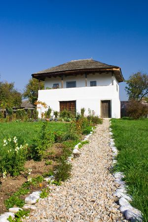An old house with a long cobble ride in front Stock Photo - 3805868