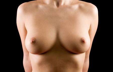 pechos: An�nimo perfecto pechos naturales aislados m�s de fondo negro
