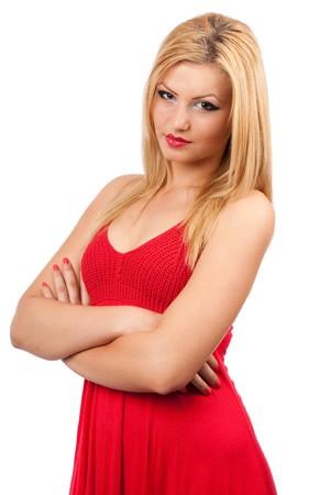 Portret van een mooie blonde dame in een rode jurk, geïsoleerd op witte achtergrond