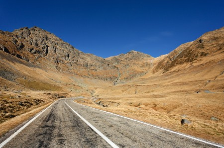 Landscape with Transfagarasan, a famous road in Romania, crossing the mountains Stock Photo - 8225670