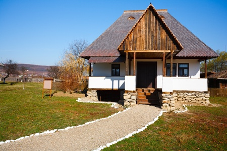 Traditional Romanian house - part of a series with old countryside architecture in Romania Stock Photo - 8336194