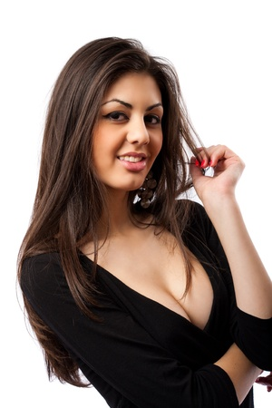 morena: Imagen de glamour de una hermosa mujer hispana, aislada en fondo blanco Foto de archivo