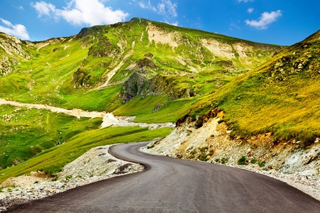 Transalpina, the highest altitude road in Romania, crossing the Parang mountains Stock Photo