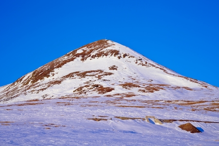 Winter landscape with Papusa peak in Parang mountains, Romania Stock Photo - 17707598