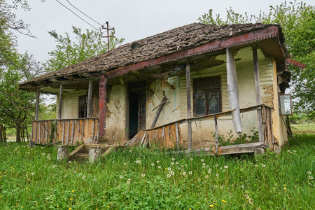 uninhabited: A very old and ruined house in the countryside
