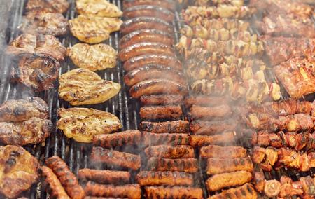 烤的各种肉户外