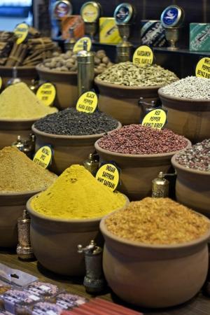 Istanbul egyptian spice market - grand bazaar photo