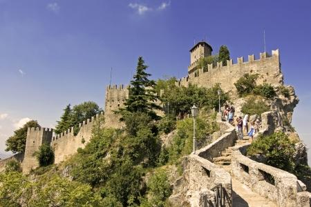 san marino: Castle della Guaita in the old town of San Marino