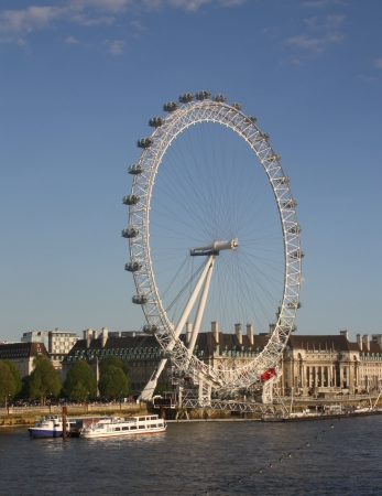 sparrowhawk: The London Eye was designed by architects Frank Anatole, Nic Bailey, Steve Chilton, Malcolm Cook, Mark Sparrowhawk, and the husband-and-wife team of Julia Barfield and David Marks