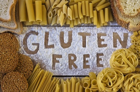 gluten free word with wood background Banque d'images