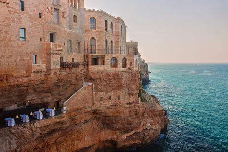 yegua: Vista de Polignano a Mare - Italia, Puglia