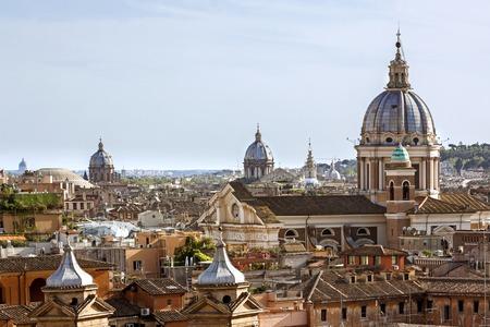 Visualizza dalla Landmark Pincio a Roma, Italia in una bella mattina di primavera calda.