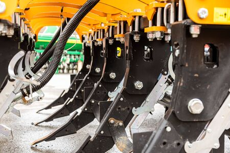 Agricultural machinery. The elements and components of agricultural techniques