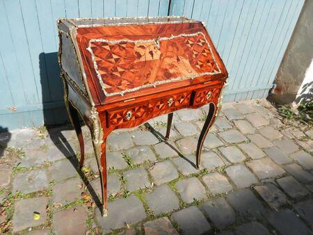 Donkey desk Louis XV period inlaid