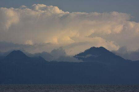 Esquinas del pueblo de Panajachel, en la costa del lago de Atitlán, en Guatemala