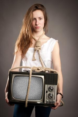 Картинки девушка с веревкой