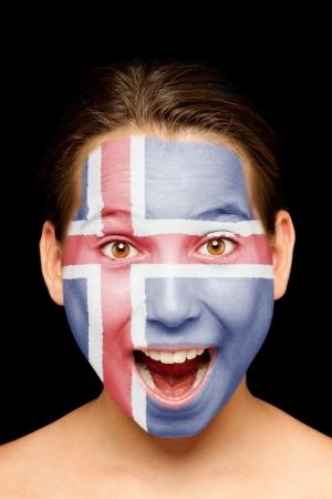 icelandic flag: Retrato de ni�a con la bandera de islandia pintada en su cara